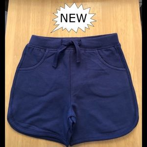 Navy Blue Boys/Girls Shorts w/pockets, NWT.